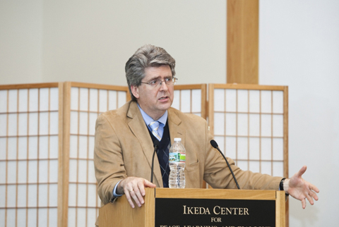 Reimers at 2010 Ikeda Forum